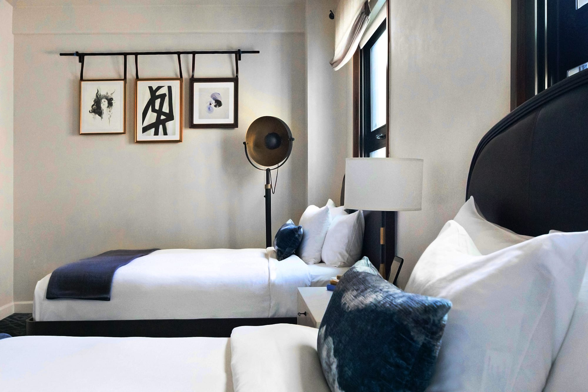 Double bed room with pillow and lamp